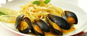 mussels with spaghetti